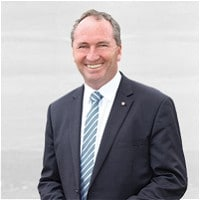 Barnaby Joyce opens Australian medical cannabis farm
